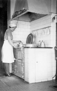 Jobba i köket. Pilen IV 1942